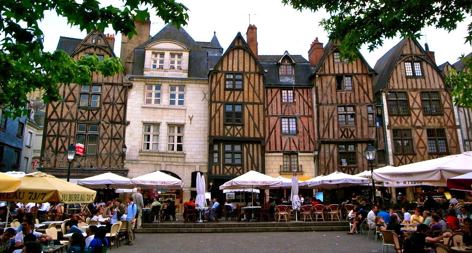153602_etape_13_du_tour_de_france_2013_tours_indre_et_loire_1.jpg